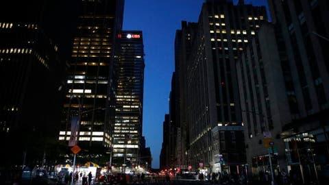 Blackout hits midtown Manhattan